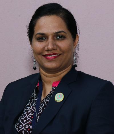 Dr. Minal Lopes